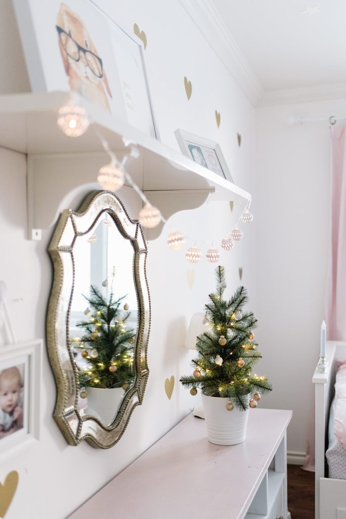 Girls Room Christmas Decor at The Ginger Home