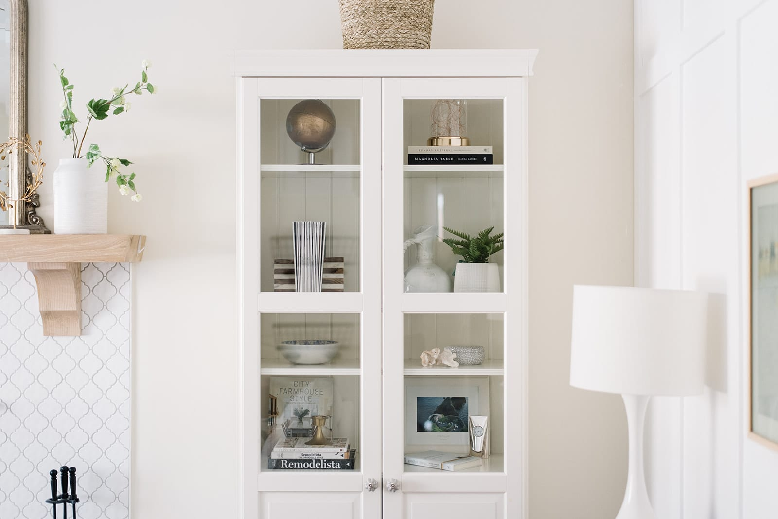 Ikea bookcases stand in for fireplace built ins and allow for the same shelf styling fun at The Ginger Home!