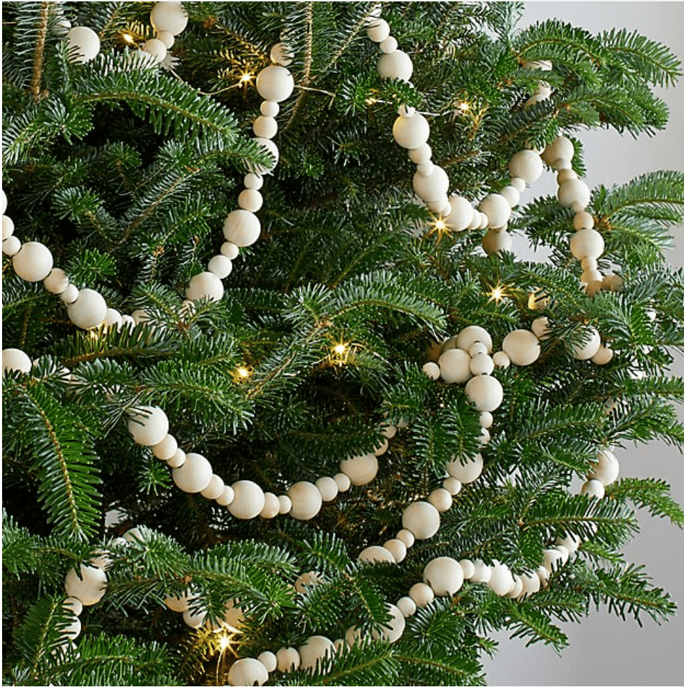 wood bead garland - a simple DIY for Christmas