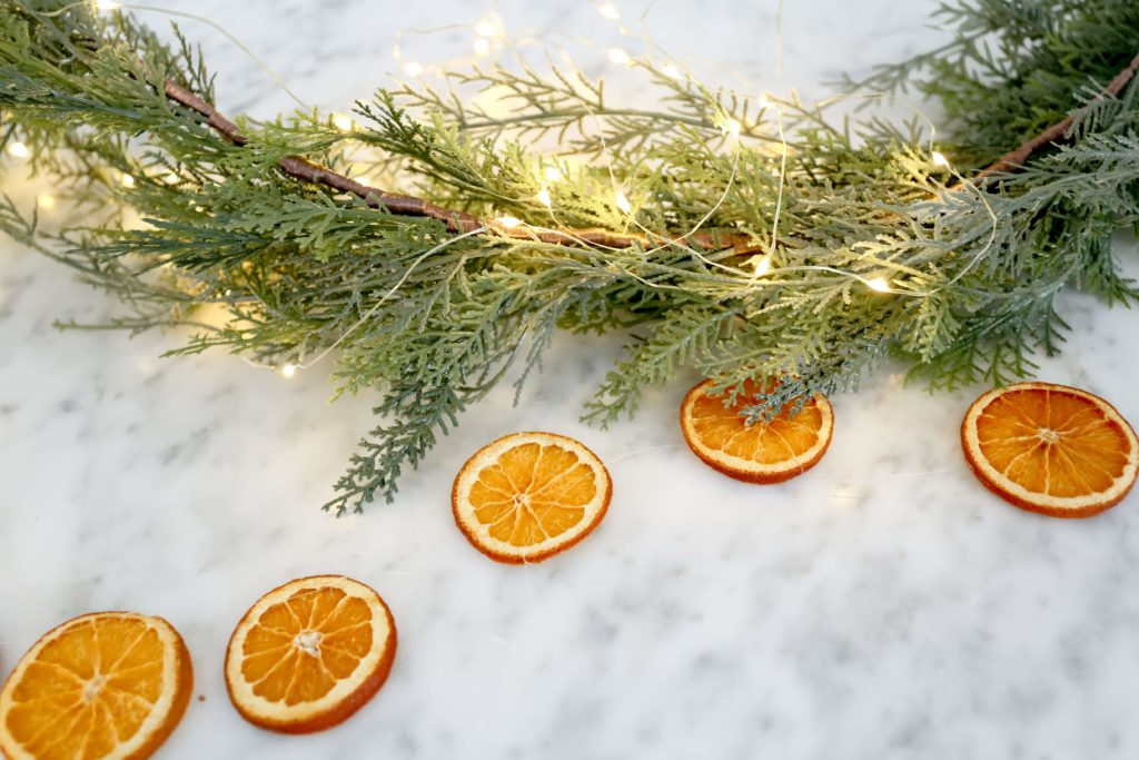 How To Make A Dried Orange Garland The Ginger Home