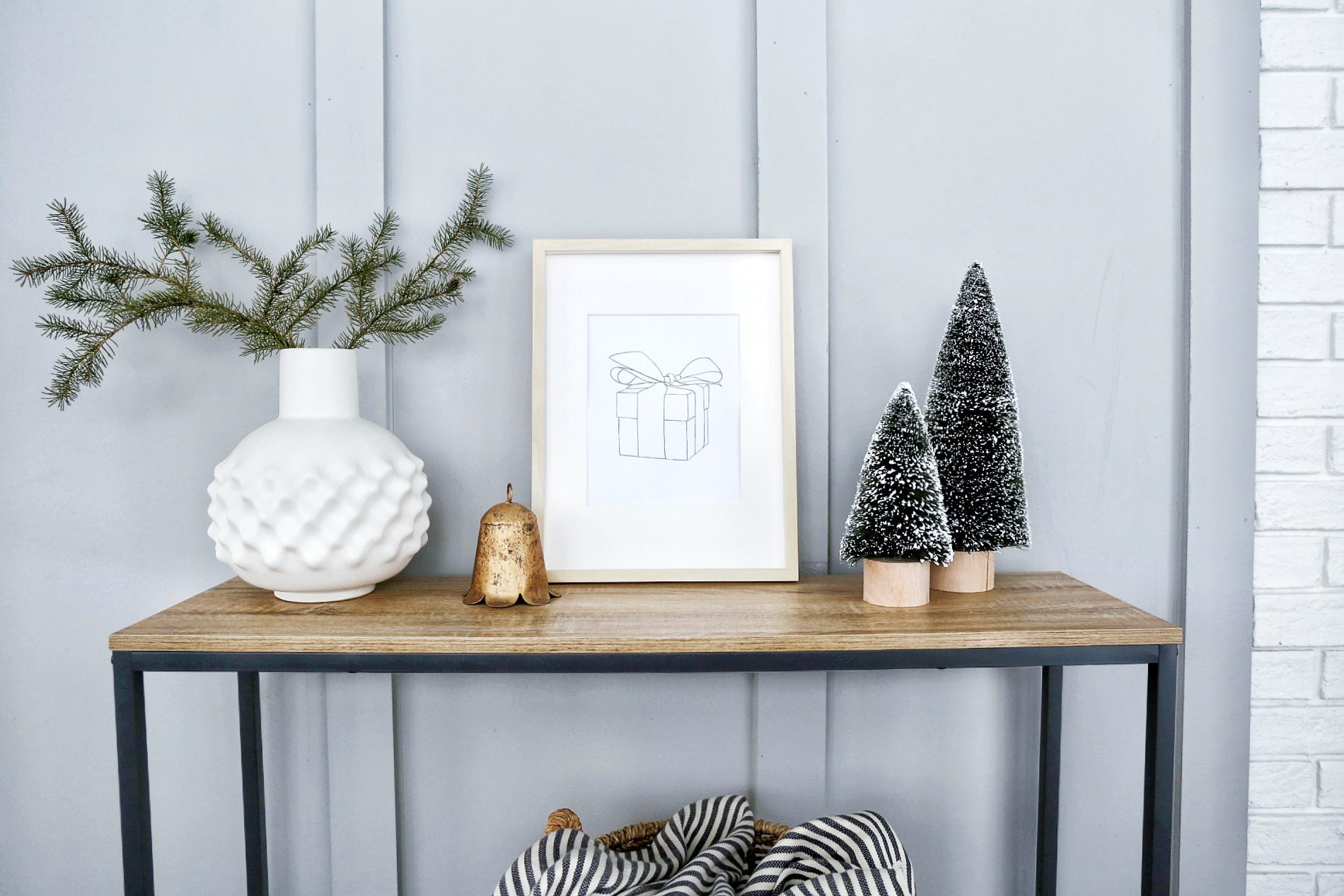 Simple and minimal winter artwork
