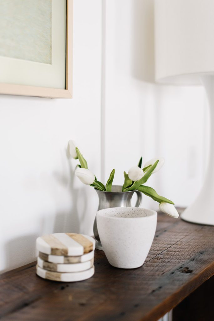 Simple winter decor accessories