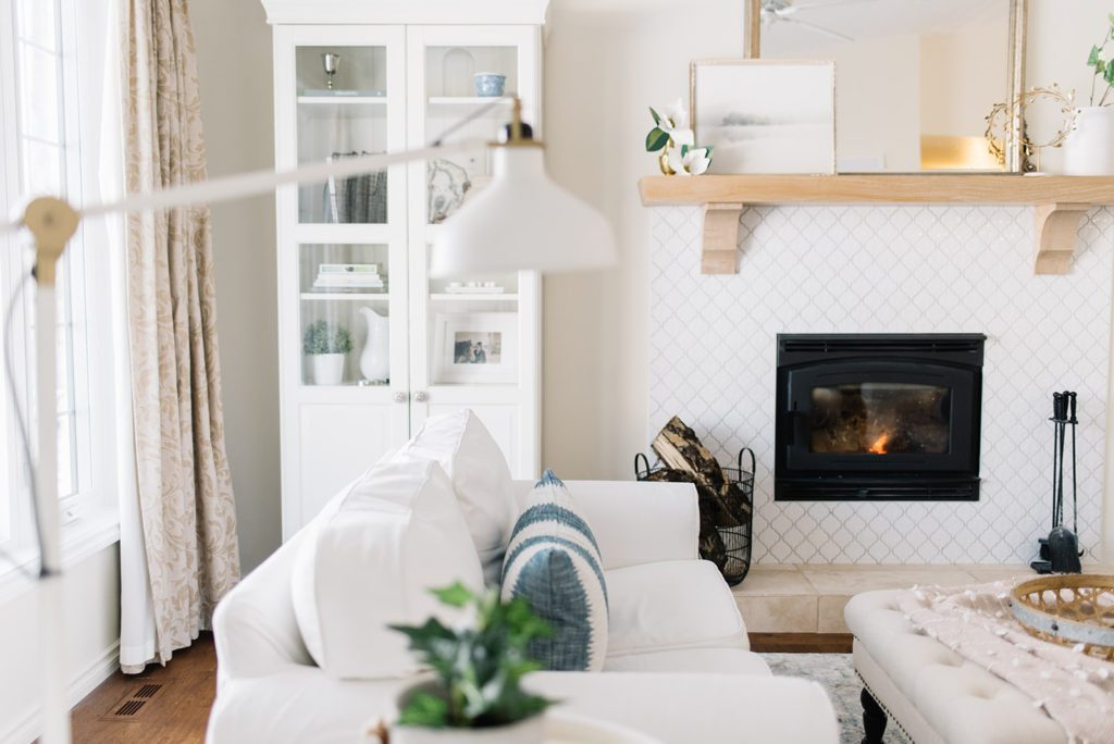 simple winter living room