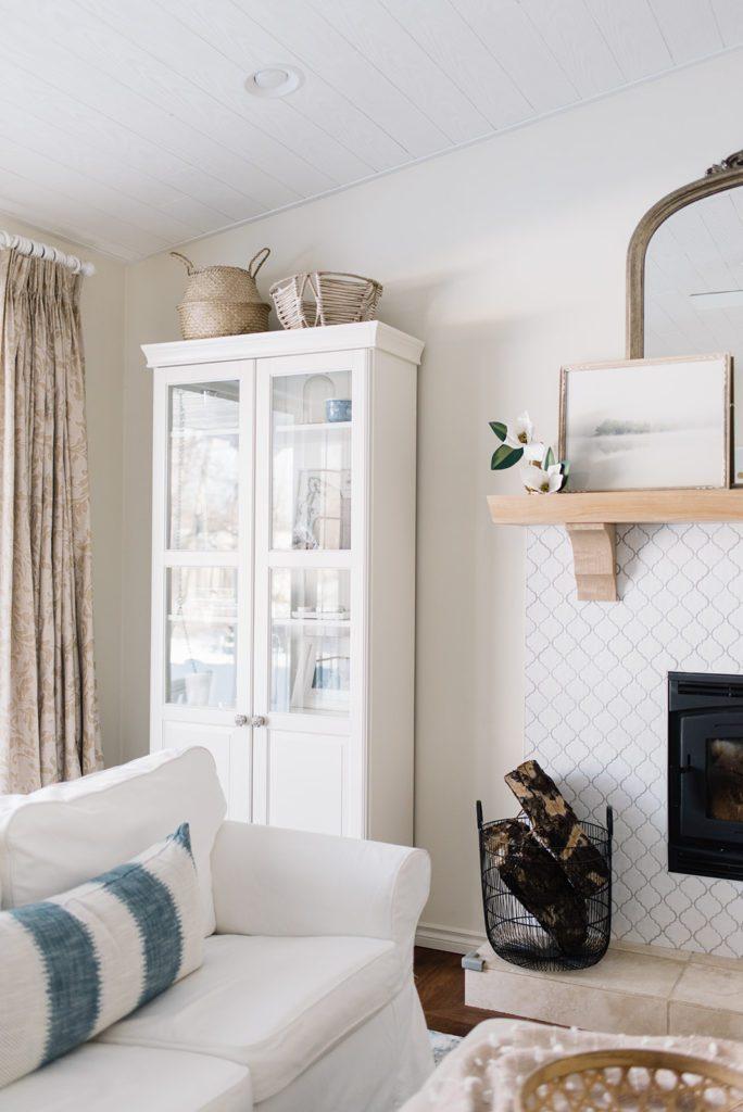 simple winter decor