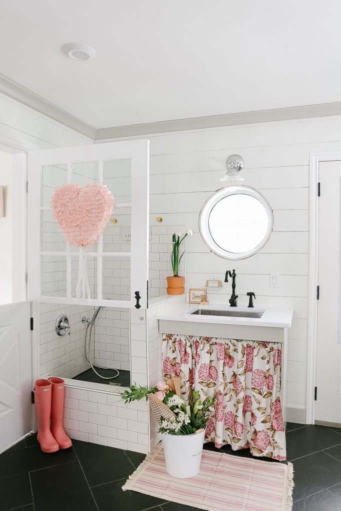 Farmhouse mudroom for Valentine's Day decorating ideas