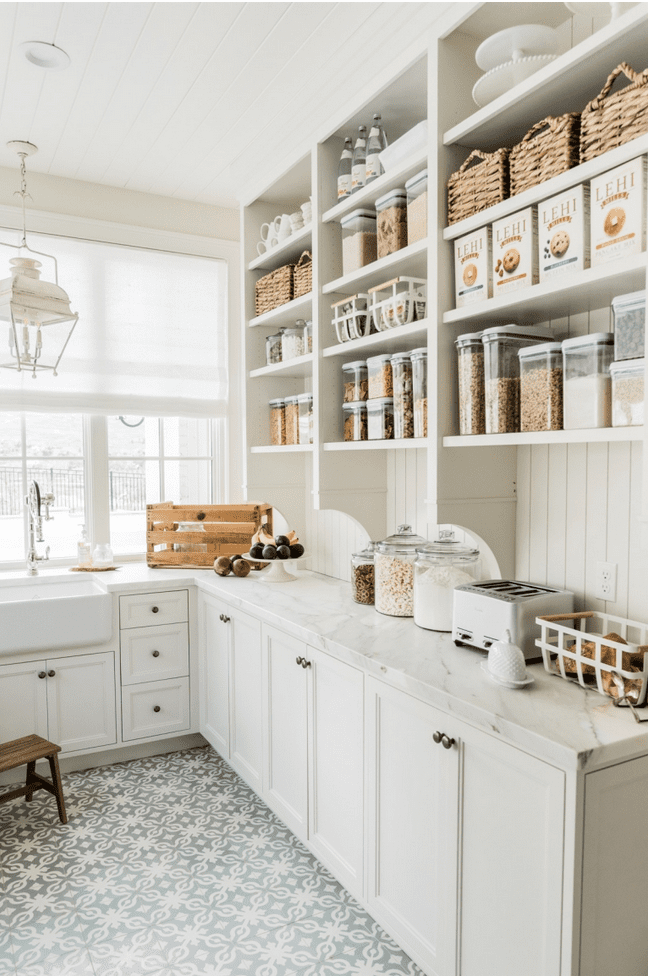 pantry organization doesn't have to be perfect to be pretty