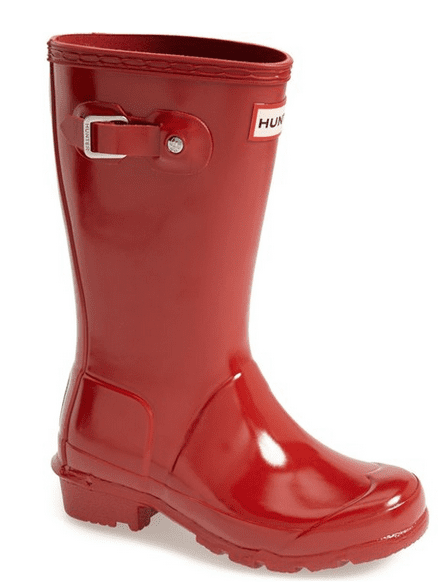 Red hunter boots are a great Valentine's Day gift ideas!
