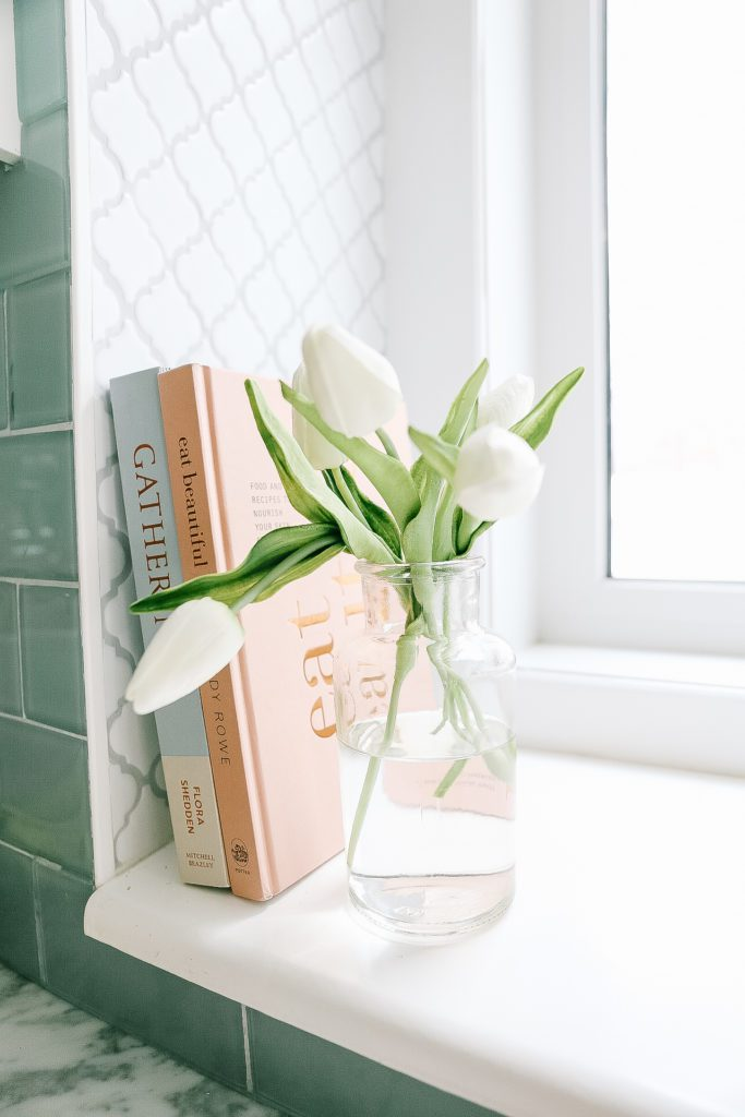Fresh tulips - Spring Home decor Ideas