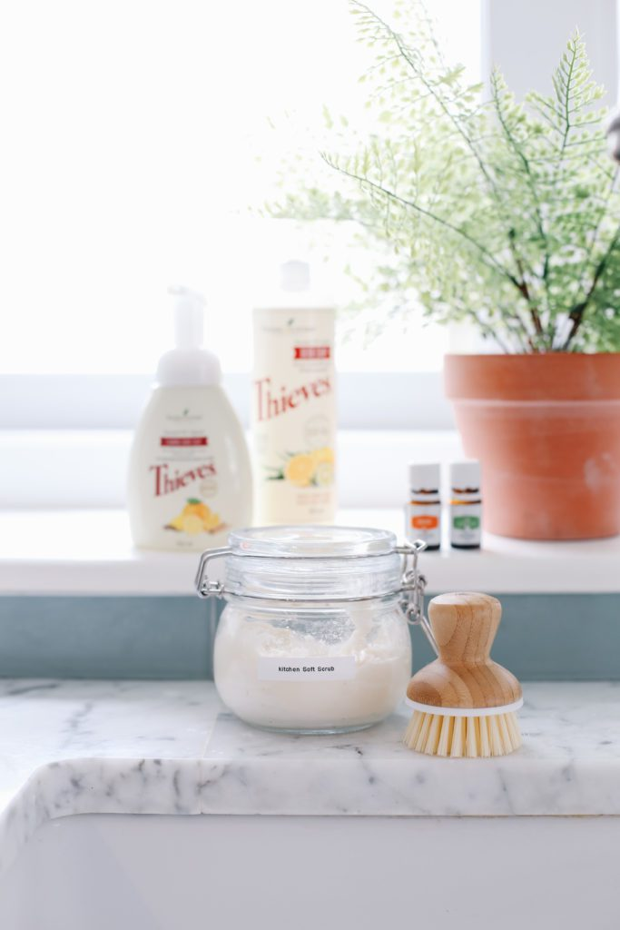 Make safe cleaning products to clean your home