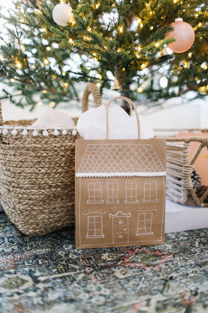 DIY Gingerbread house gift bags!