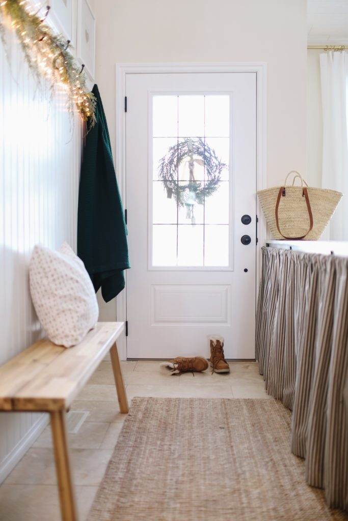 Simple Christmas entryway decor