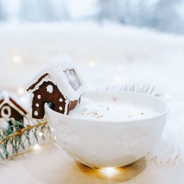 Gingerbread house mug hugger cookie
