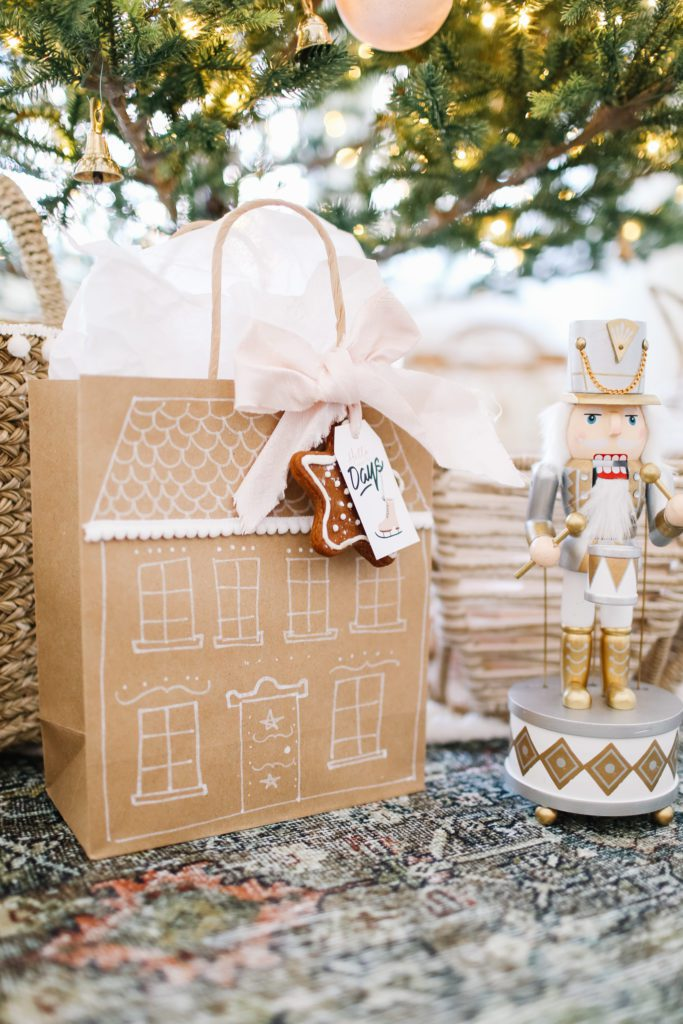 Make your own DIY gingerbread house gift bag with cookie tag.