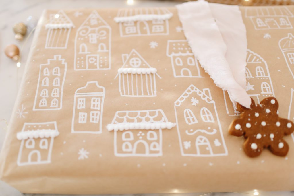 Gingerbread house print wrapping paper!